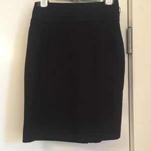 ! Black H&M Pencil Skirt Size 6